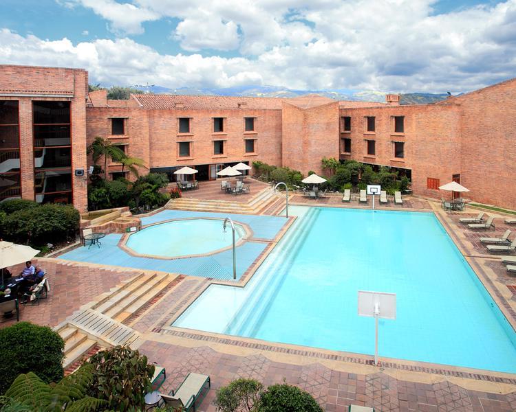 PISCINA Hotel ESTELAR Paipa Hotel & Centro de Convenciones Paipa