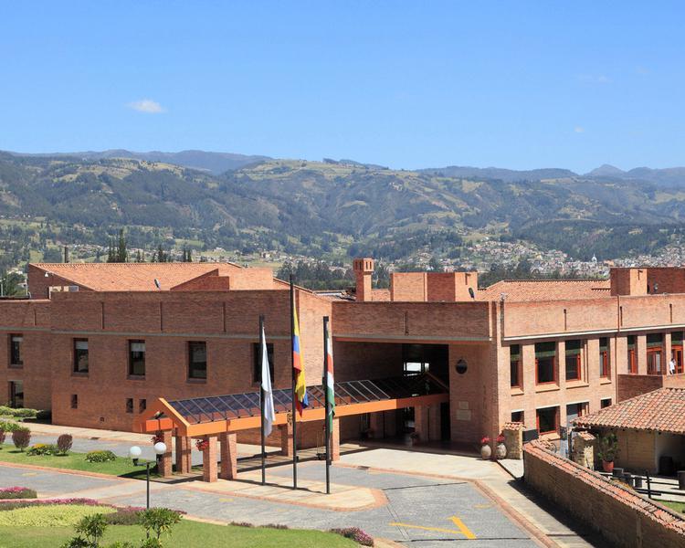 FACHADA Hotel ESTELAR Paipa Hotel & Centro de Convenciones Paipa